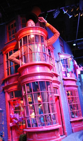 Weasly's Wizard Wheezes--Diagon Alley London
