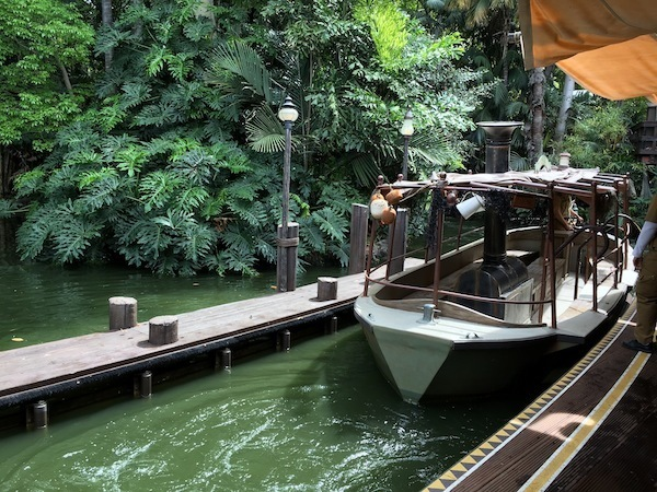 Jungle Cruise Boat Disneyland